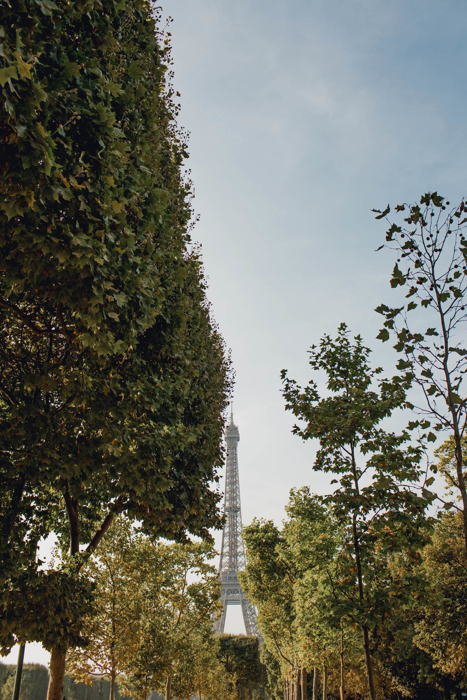 eiffel-tower-paris-france-travel-destination-wedding-kate-timbers-photography-1742