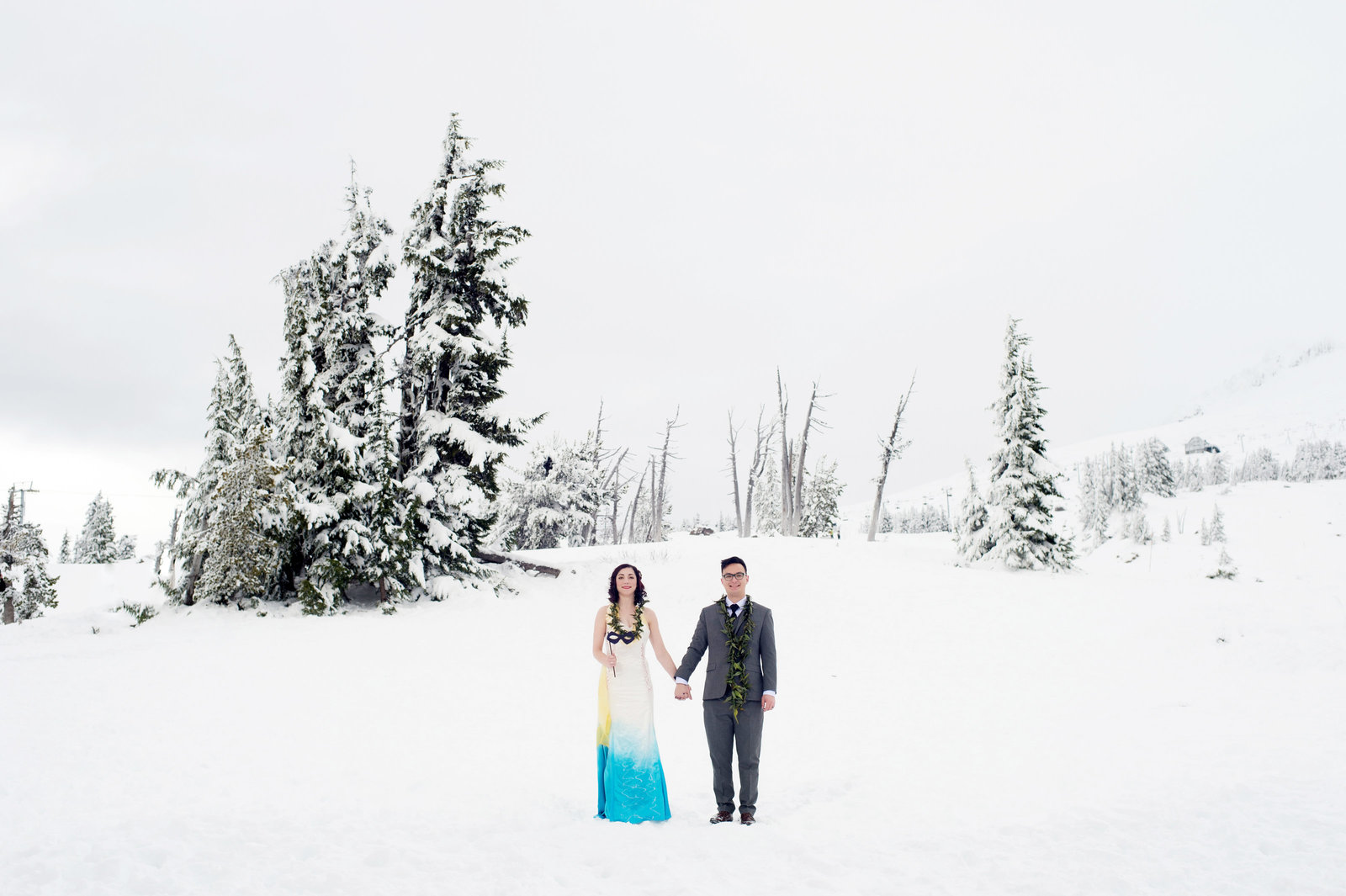 Crystal Genes Photography TIMBERLINE LODGE WEDDING161126-130045