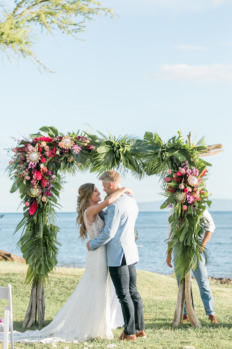 W0510_Wright_Olowalu-Maluhia_Maui-Wedding_CaitlinCatheyPhoto_2110
