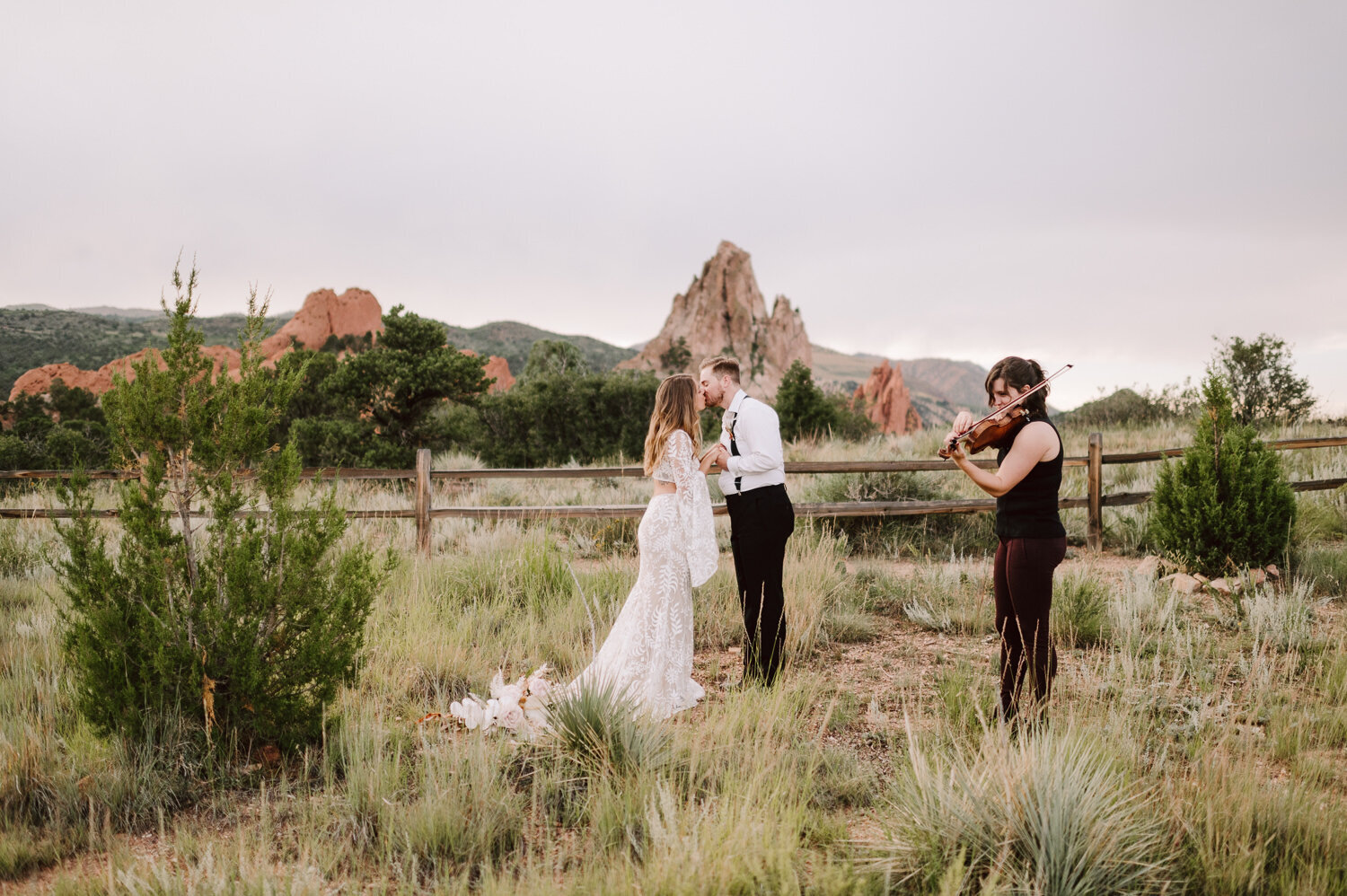garden-of-the-gods-wedding-4