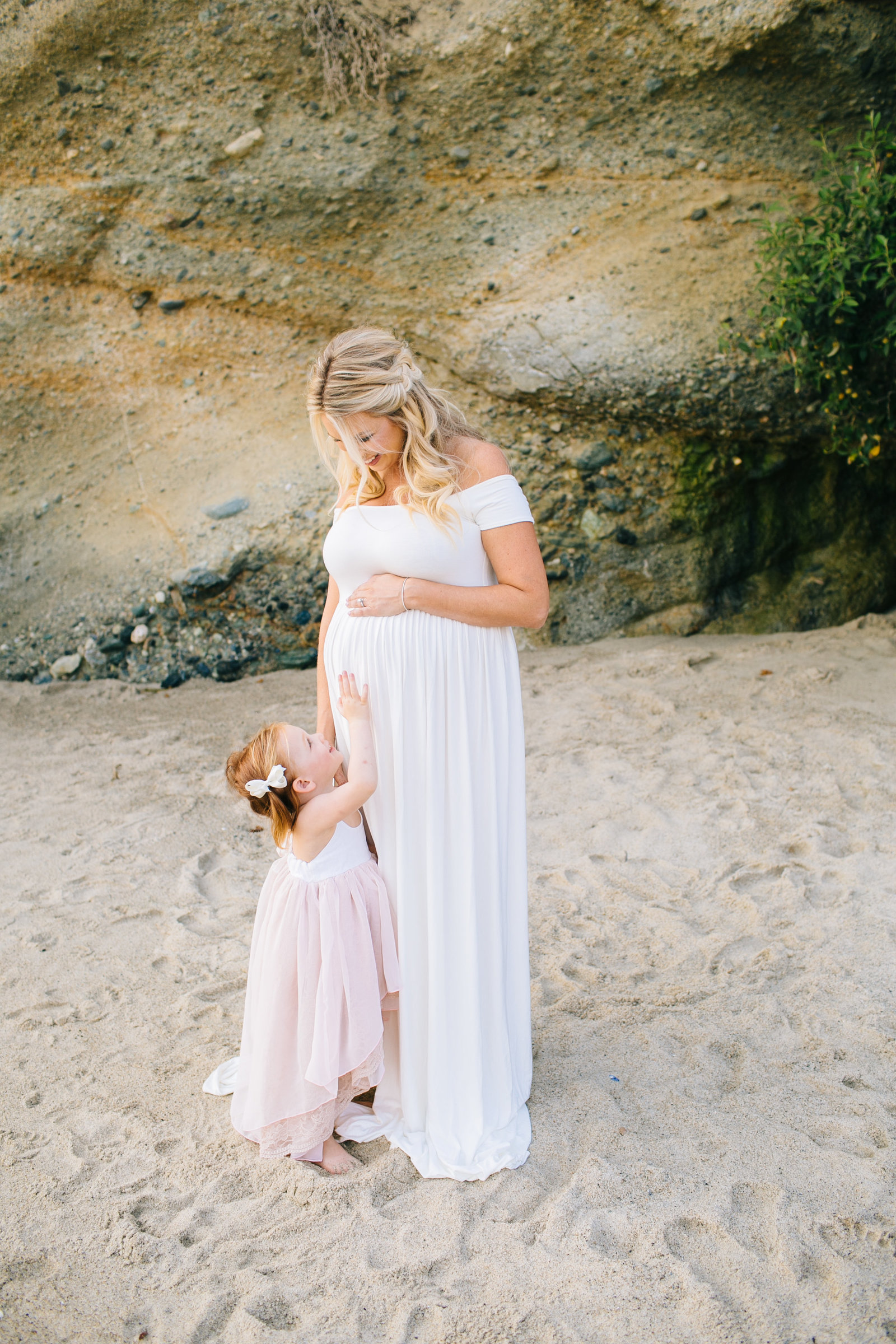 Laguna-Beach-Maternity-Photos_09