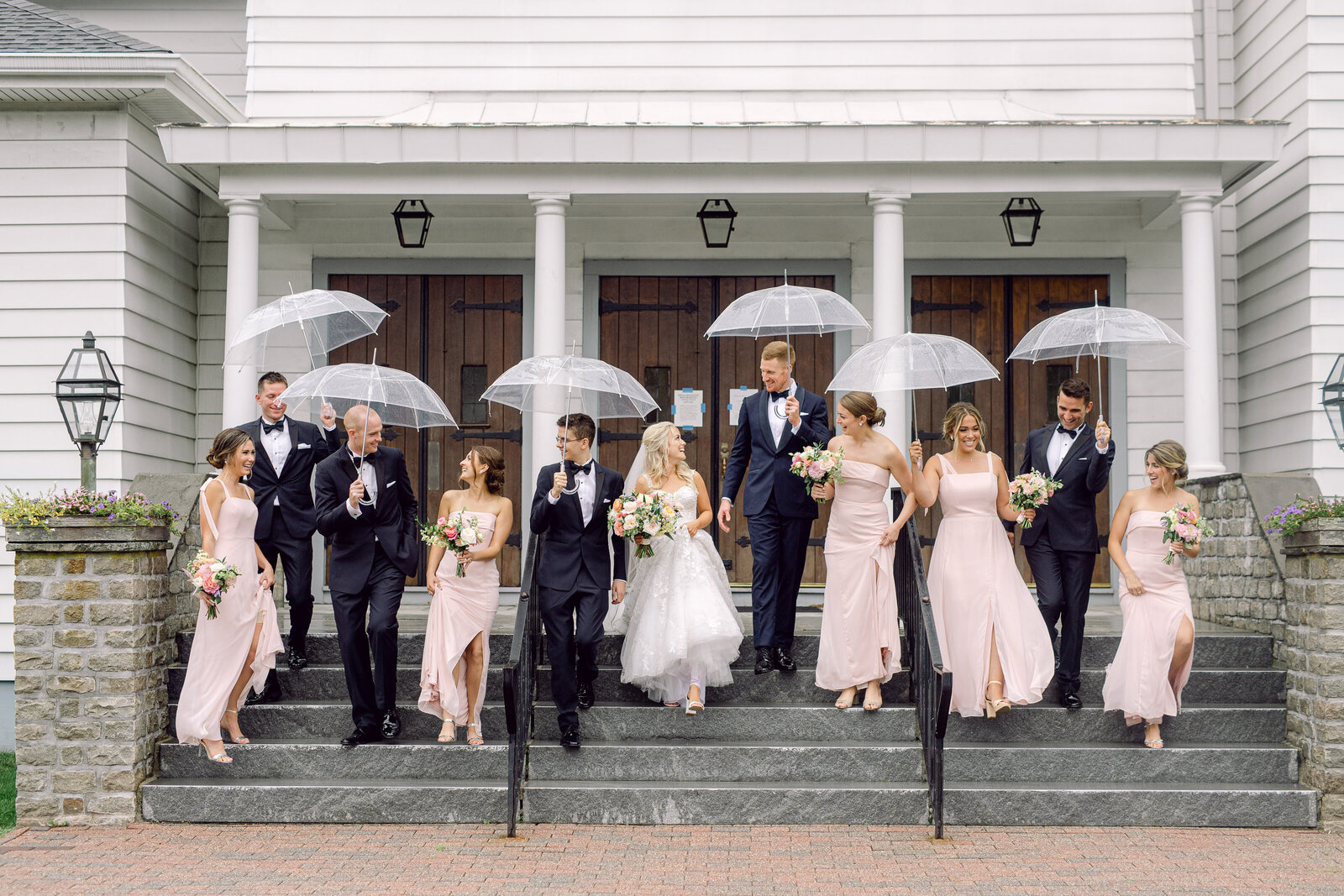 bridal_party_umbrellas