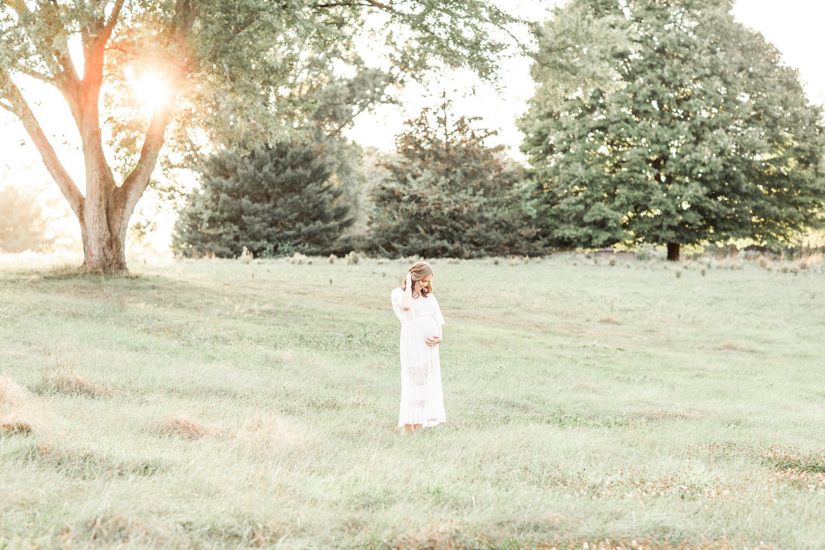 Maternity and Newborn Photographers in Cleveland Ohio