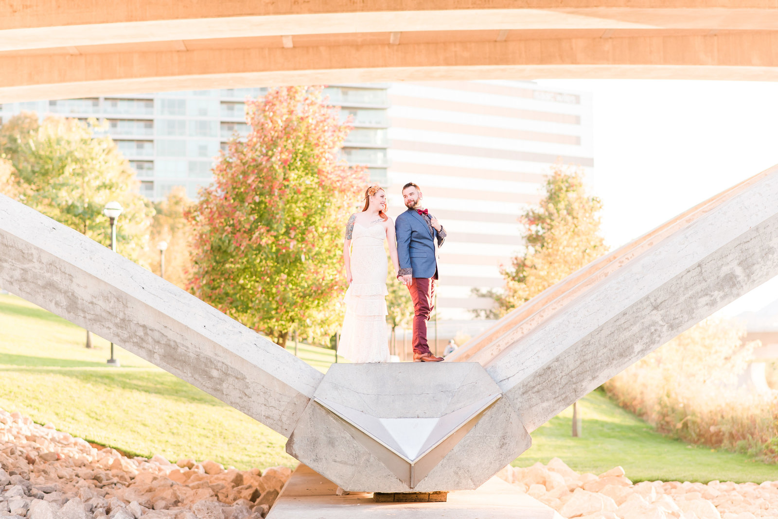 Engagement Session on the Scioto Mile