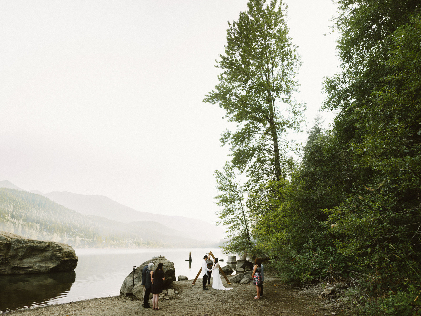 athena-and-camron-seattle-elopement-wedding-benj-haisch-rattlesnake-lake-christian-couple-goals42