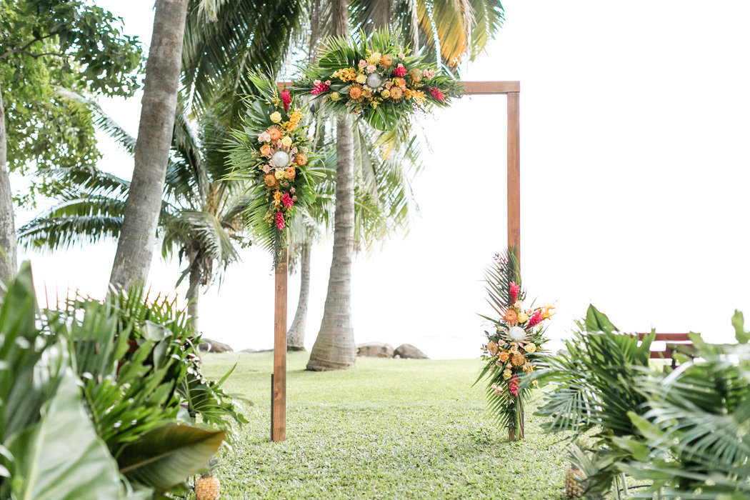 W0518_Dugan_Olowalu-Plantation_Maui-Wedding-Photographer_Caitlin-Cathey-Photo_2595