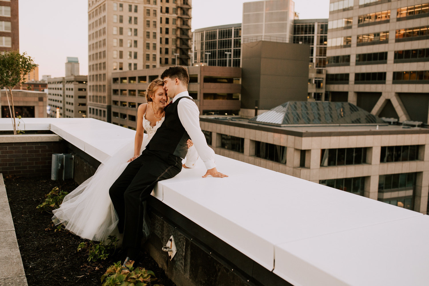 Rooftop-sunset-wedding-indianapolis-209