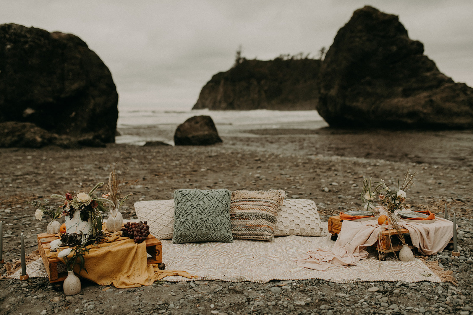 Ruby_Beach_Styled_Elopement_-_Run_Away_with_Me_Elopement_Collective_-_Kamra_Fuller_Photography_-_Details-43