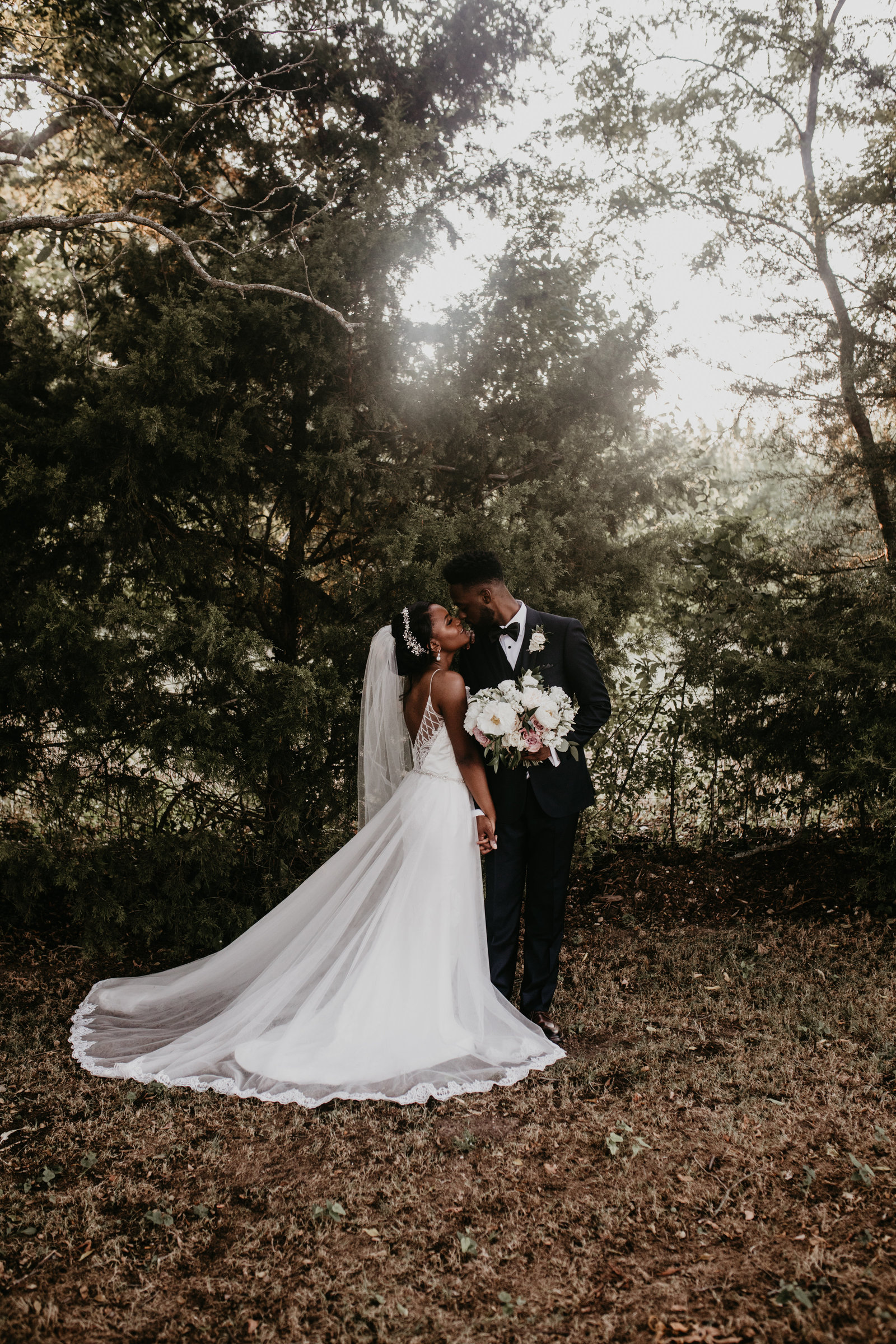 elegant fun nigerian wedding moth and moonlite photography firefly gardens midlothian texas