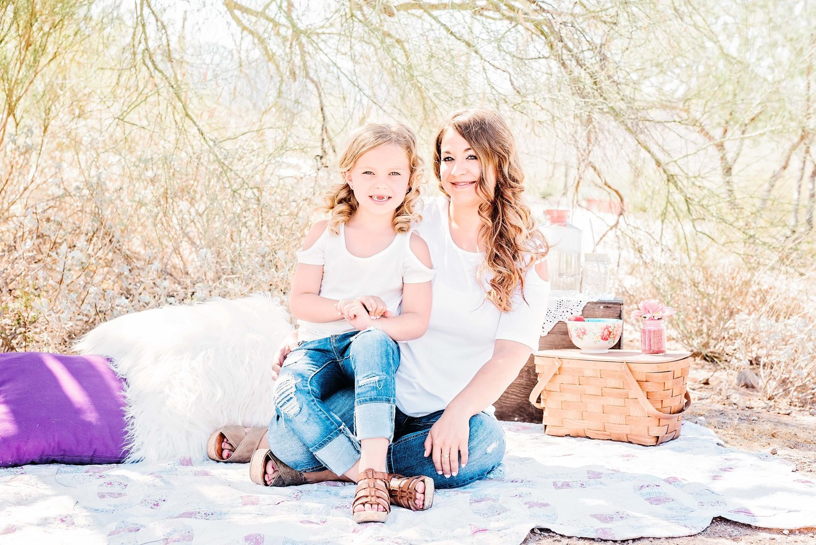 Mom-and-Daughter-Desert-Photos-in-Goodyear-Arizona1