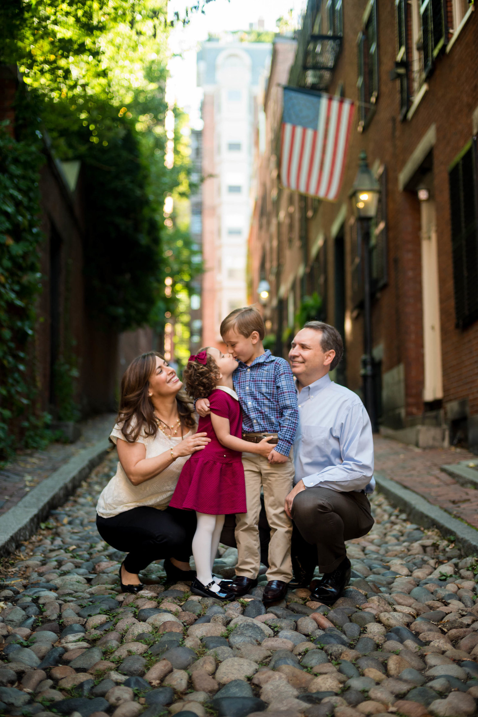 Boston-Family-Photographer-Beacon-Hill-Acorn-Street-1