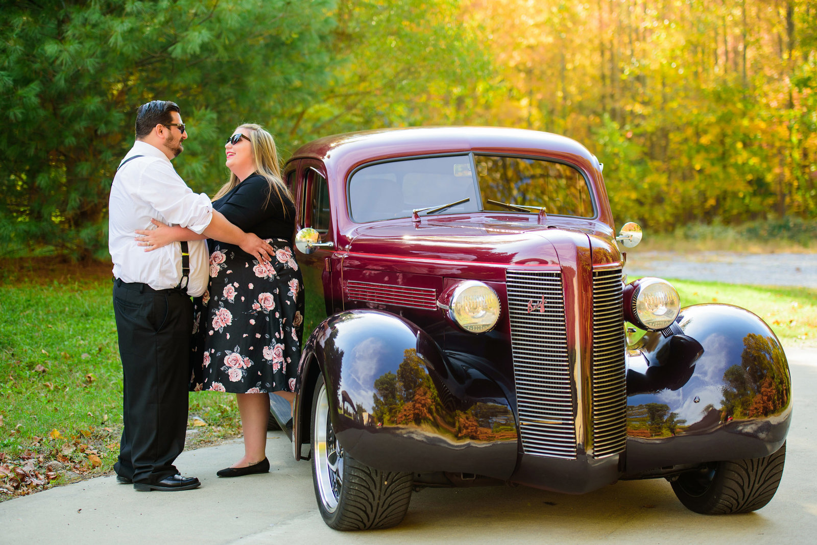 Retro_Pinup_Car_engagement_session_Nj000