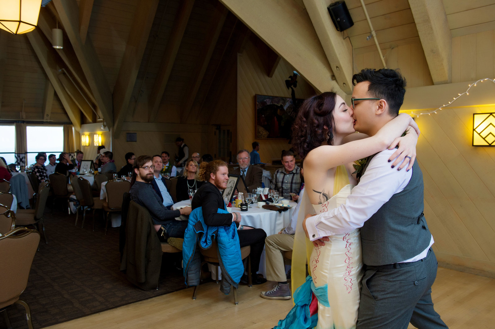 Crystal Genes Photography TIMBERLINE LODGE WEDDING161126-153258