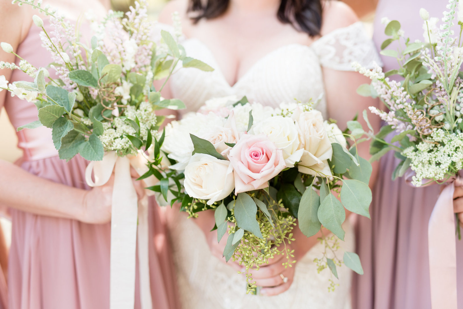 Blush-and-Navy-Wedding-Photography 0025