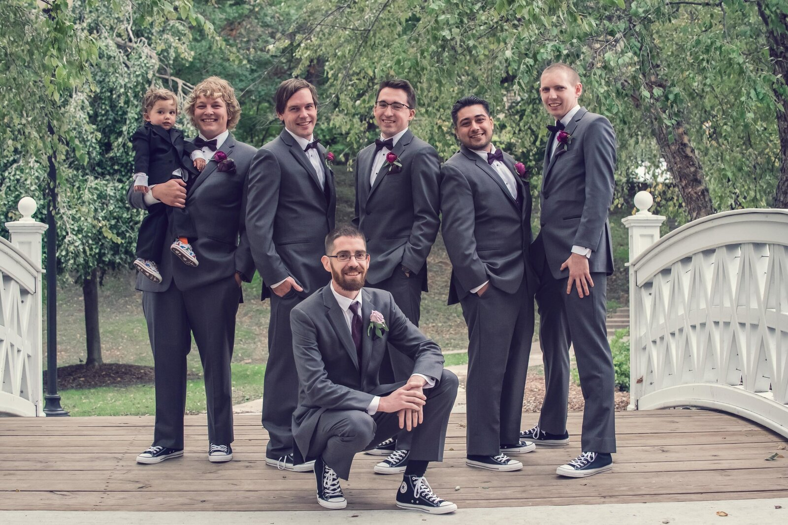 wedding-groomsmen-groom-lords-park-portrait