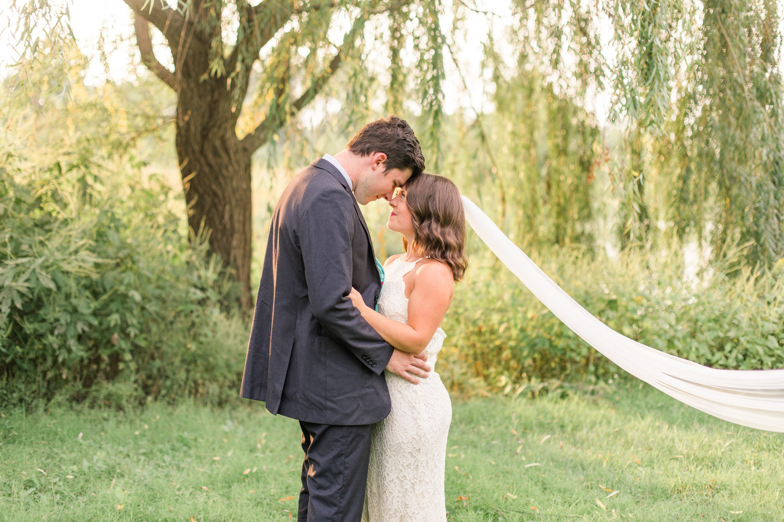st-louis-wedding-photographer-alton-belleville-spring-stl-romantic-portraits-weddings-61