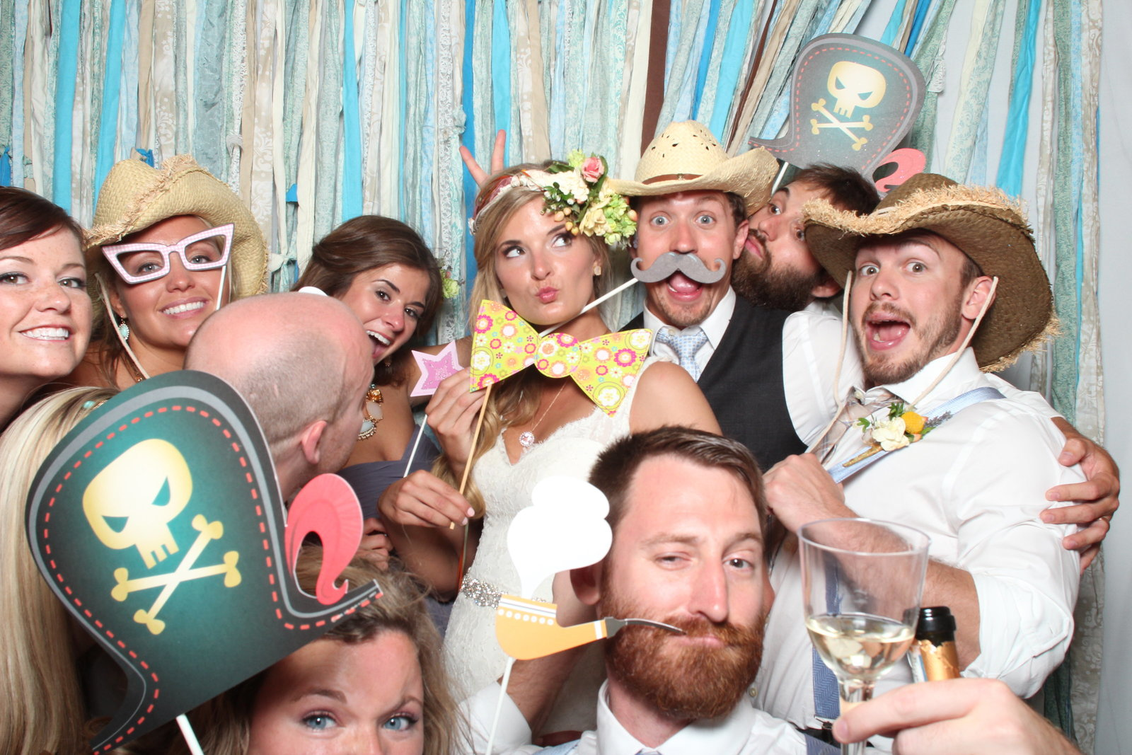 TaylorBarn-Hook-Wedding-Photobooth-147