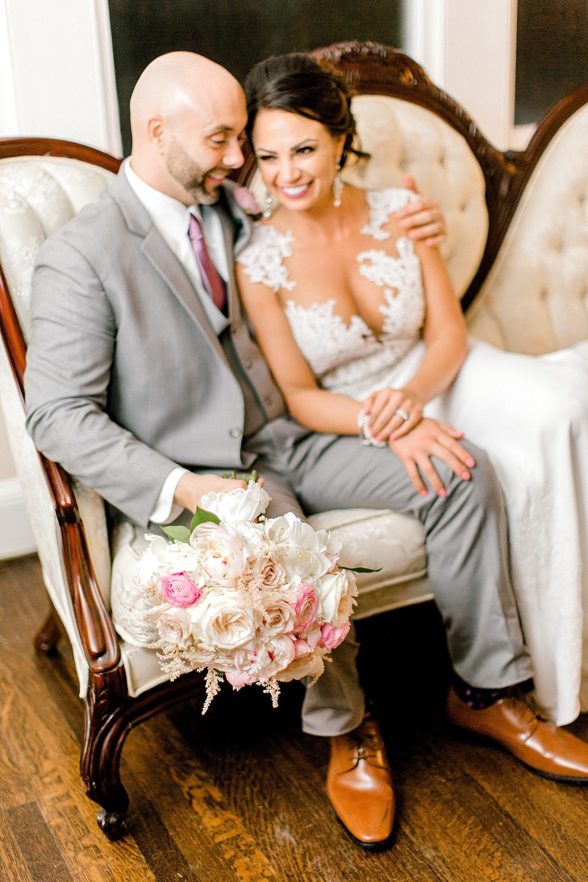 Elegant Spring Pink Abilena Plantation Indoor Rainy Wedding New Bern NC Andrew & Tianna Photography-128