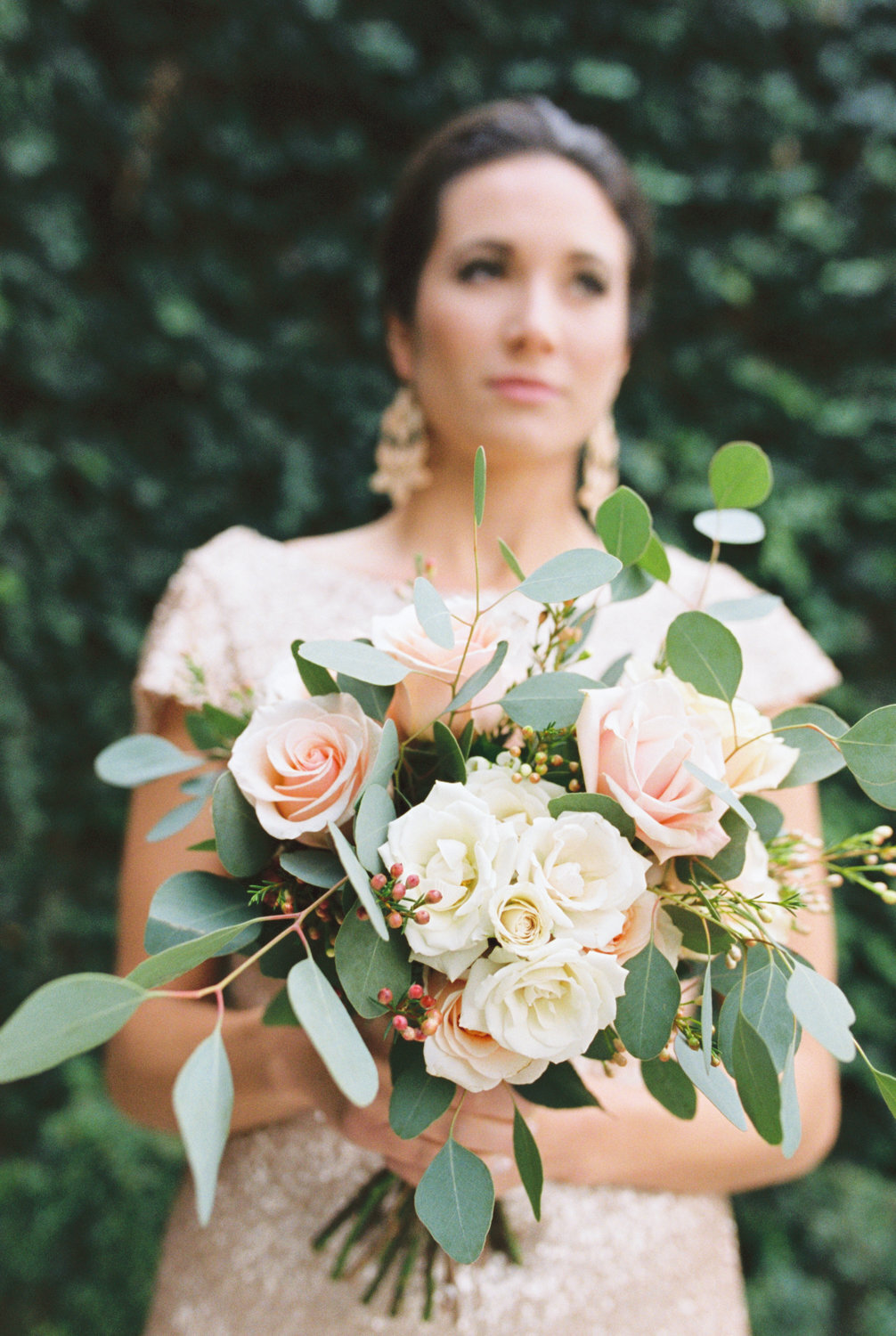 bridemaid with bouquet