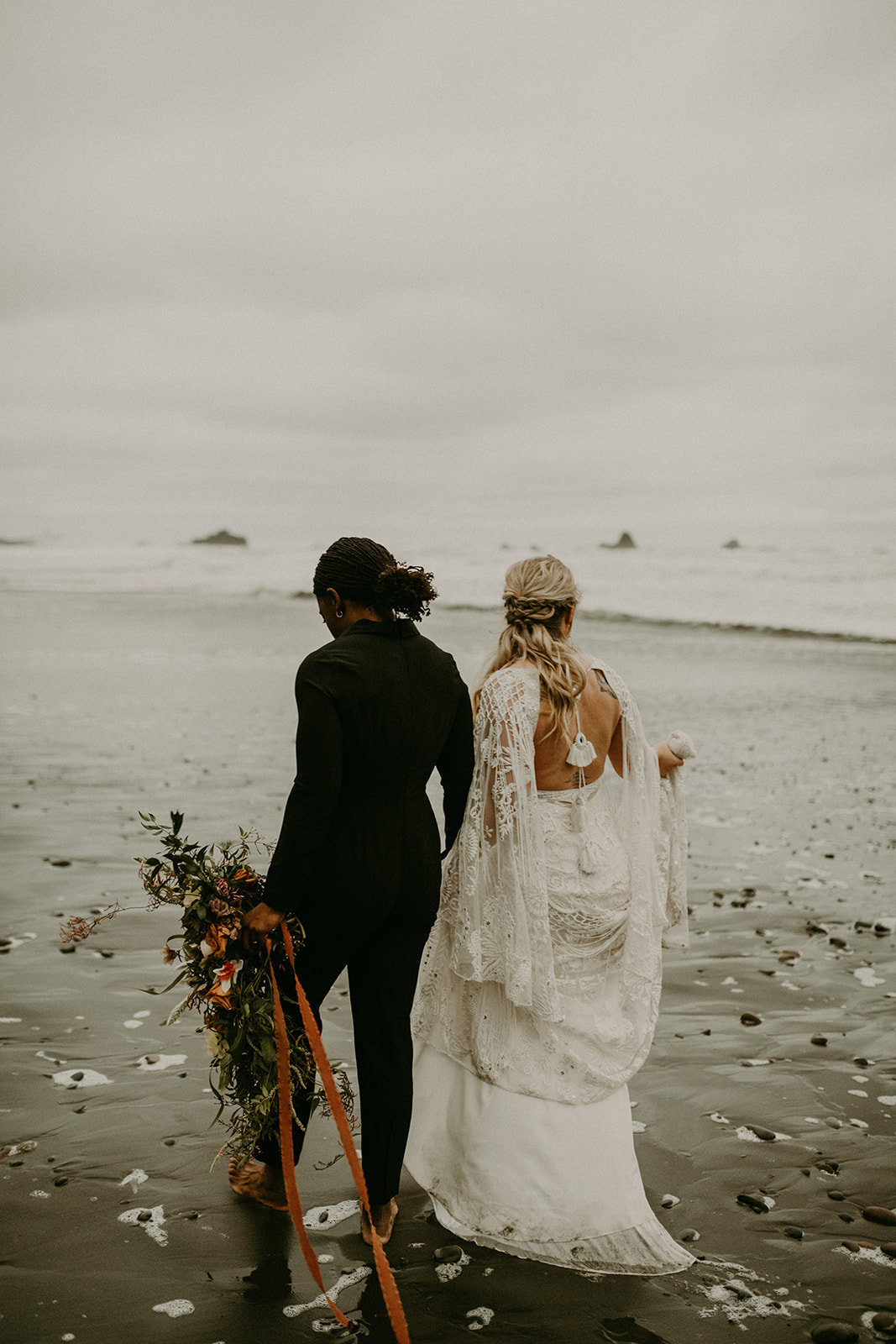 Ruby_Beach_Styled_Elopement_-_Run_Away_with_Me_Elopement_Collective_-_Kamra_Fuller_Photography_-_Portraits-152