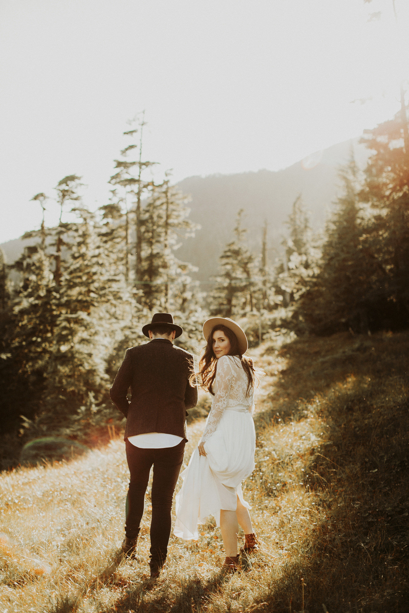 athena-and-camron-alaska-elopement-wedding-inspiration-india-earl-athena-grace-glacier-lagoon-wedding38