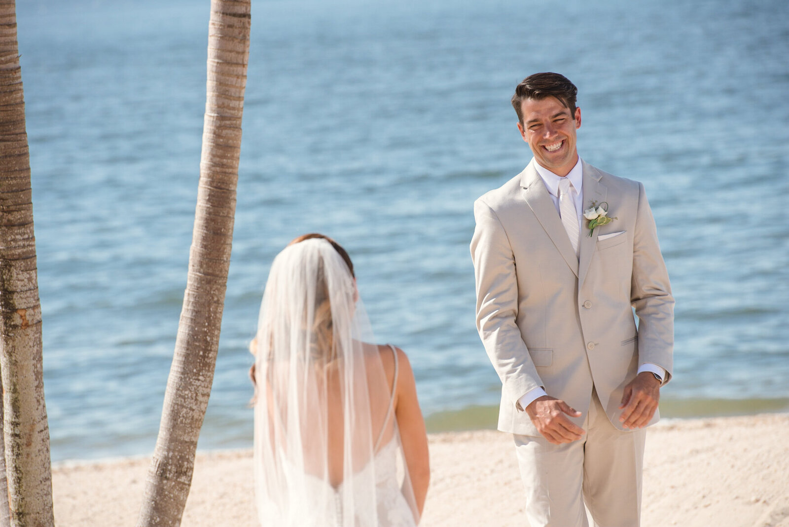 crescent-beach-club-beach-wedding-first-look