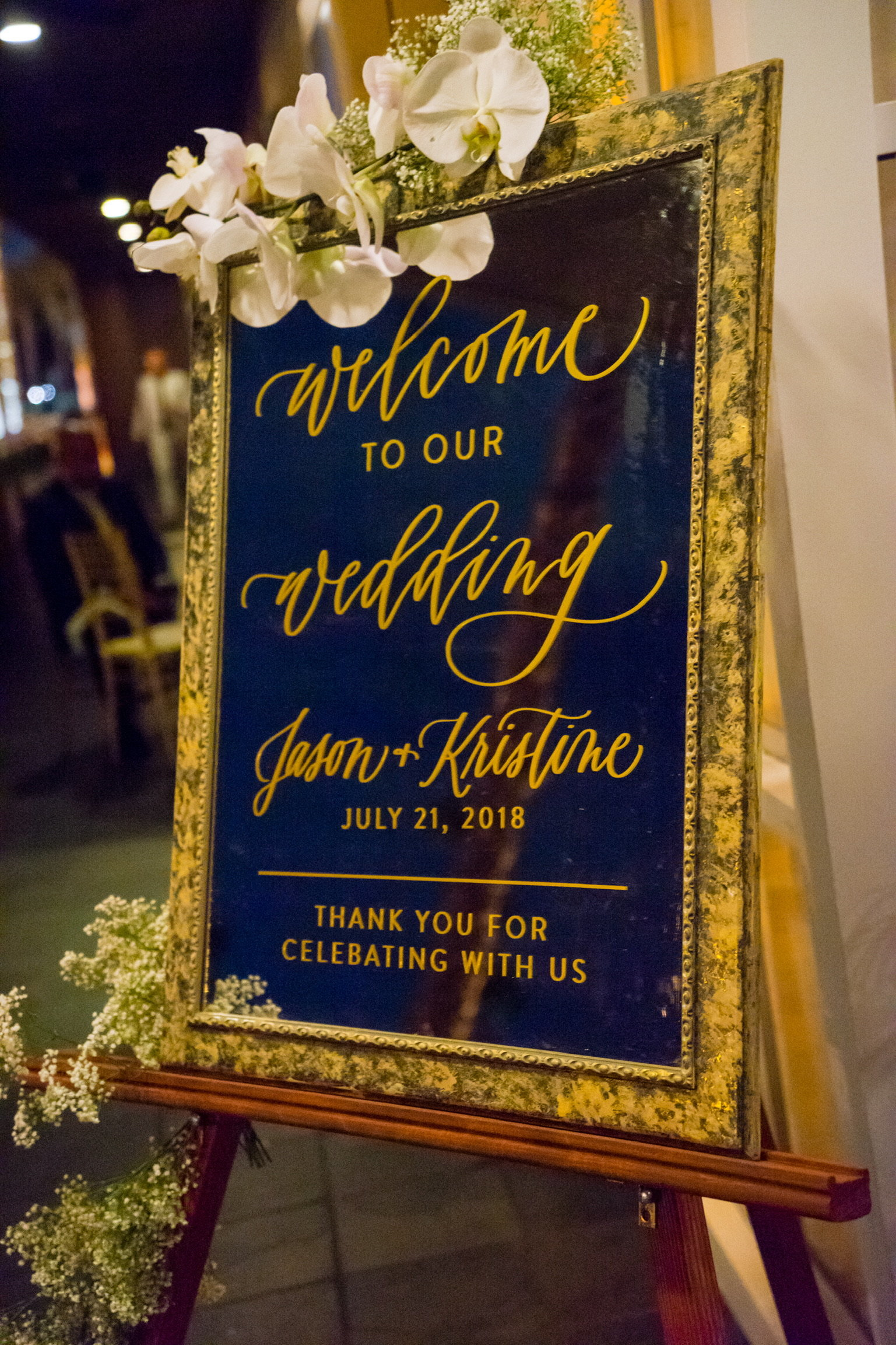jomygoodness-wedding-mirror-welcome-sign