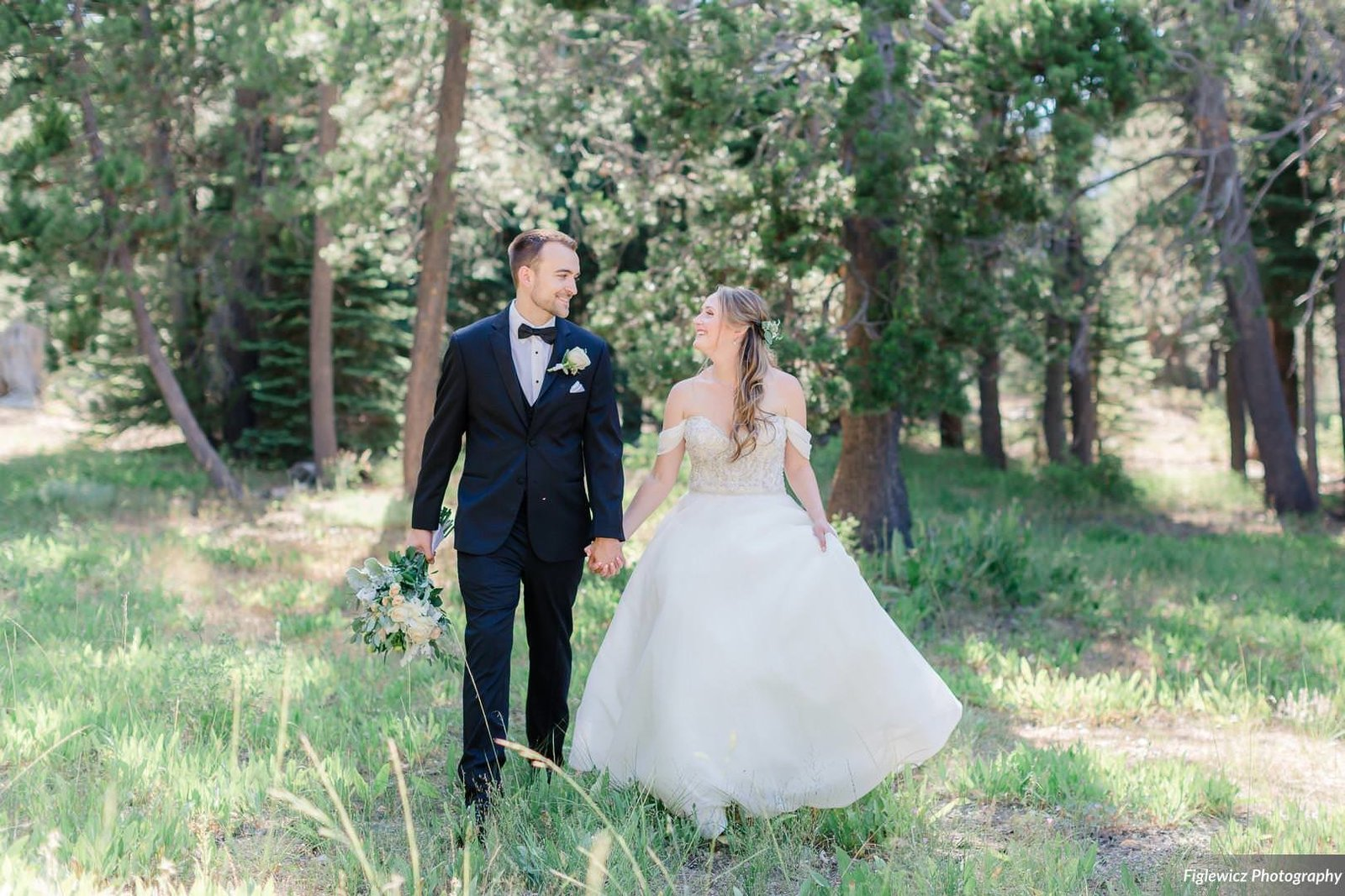 Garden_Tinsley_FiglewiczPhotography_LakeTahoeWeddingSquawValleyCreekTaylorBrendan00074_big