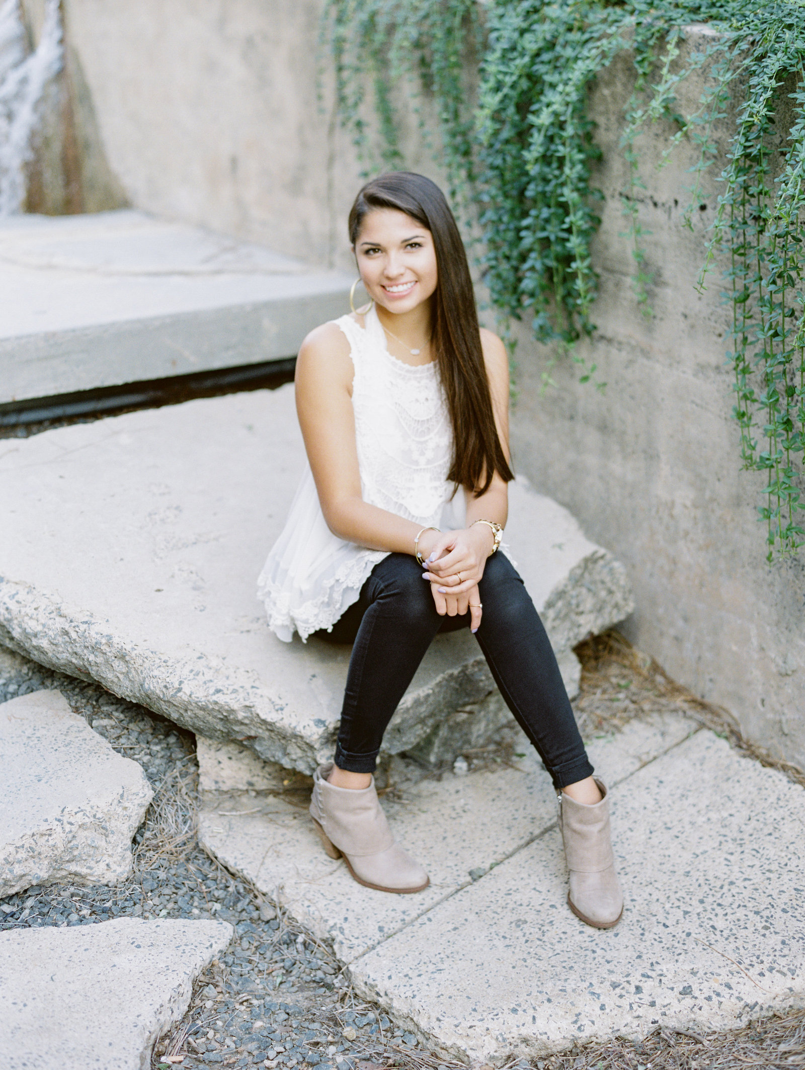 raleigh_nc_film_photographer_senior_pictures_casey_rose_photography_kate-010