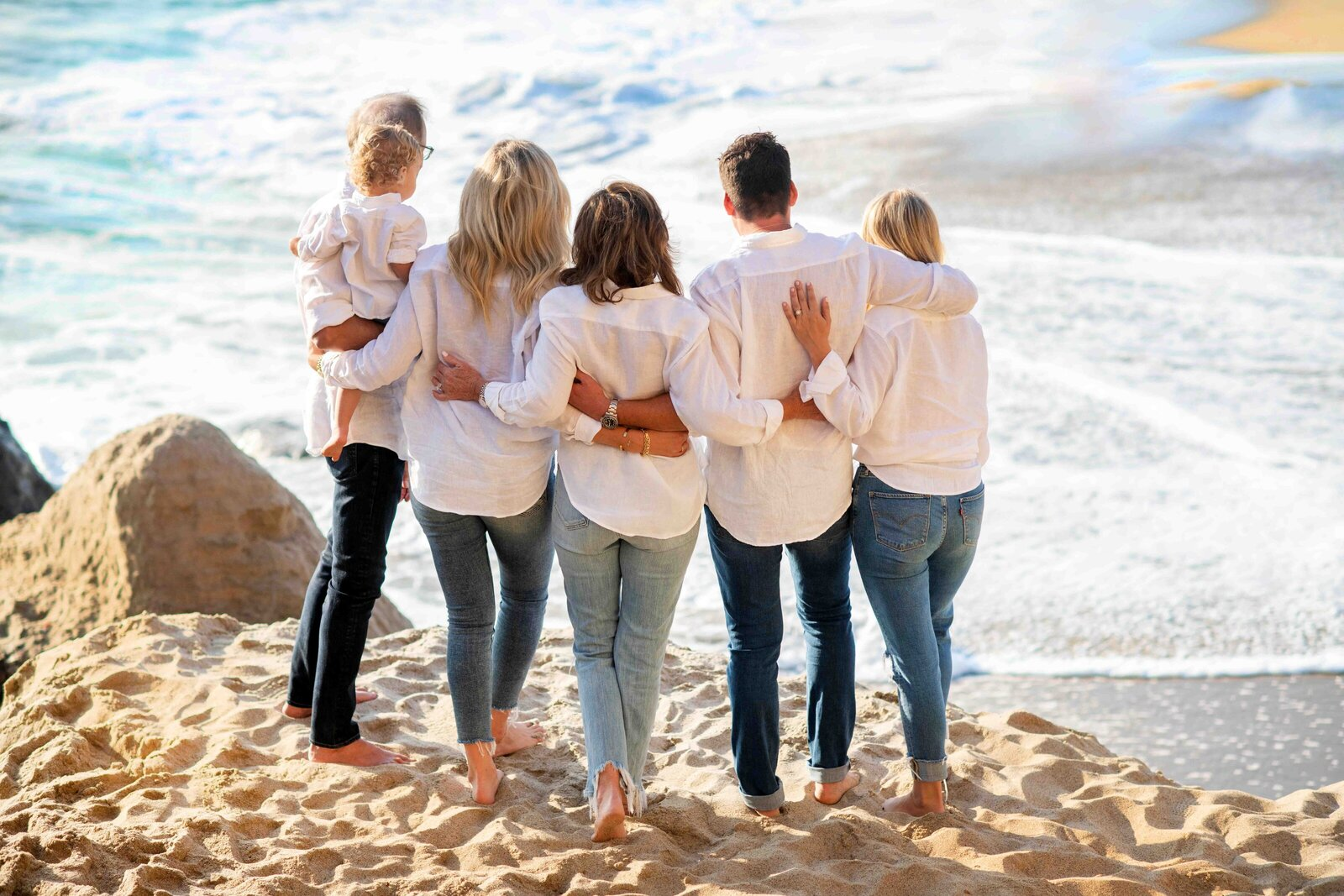 Maria-McCarthy-Photography-family-portrait-candid-beach