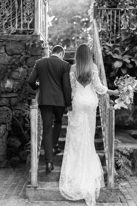 X0513_Haiku-Mill_Maui-Wedding-Photographer_Caitlin-Cathey-Photo_1096-b&w