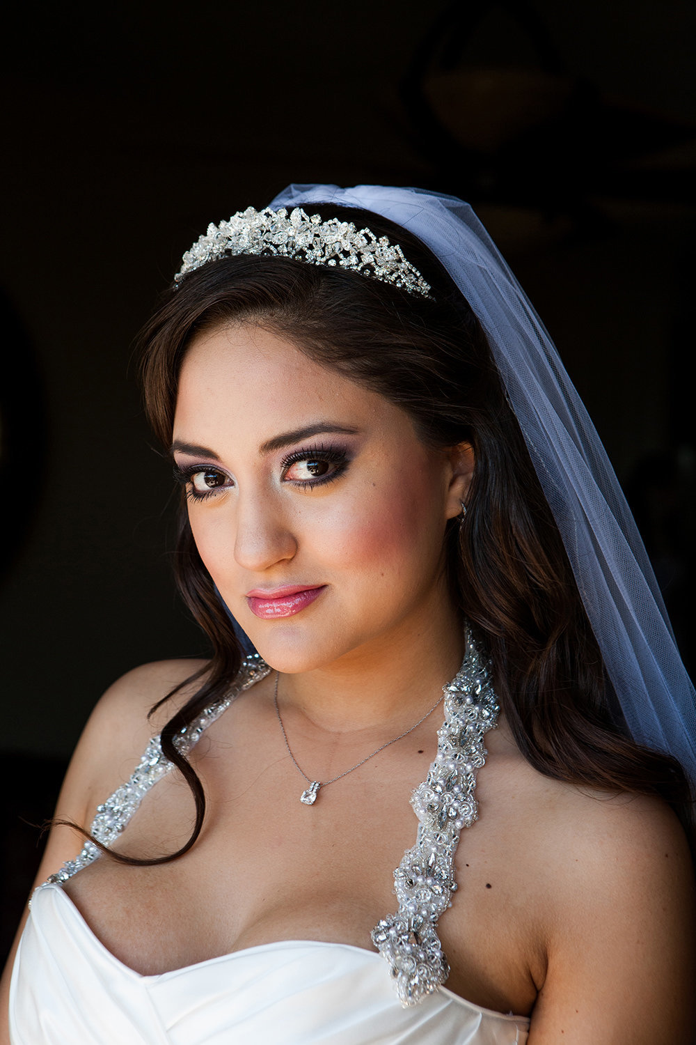 bride dramatic makeup