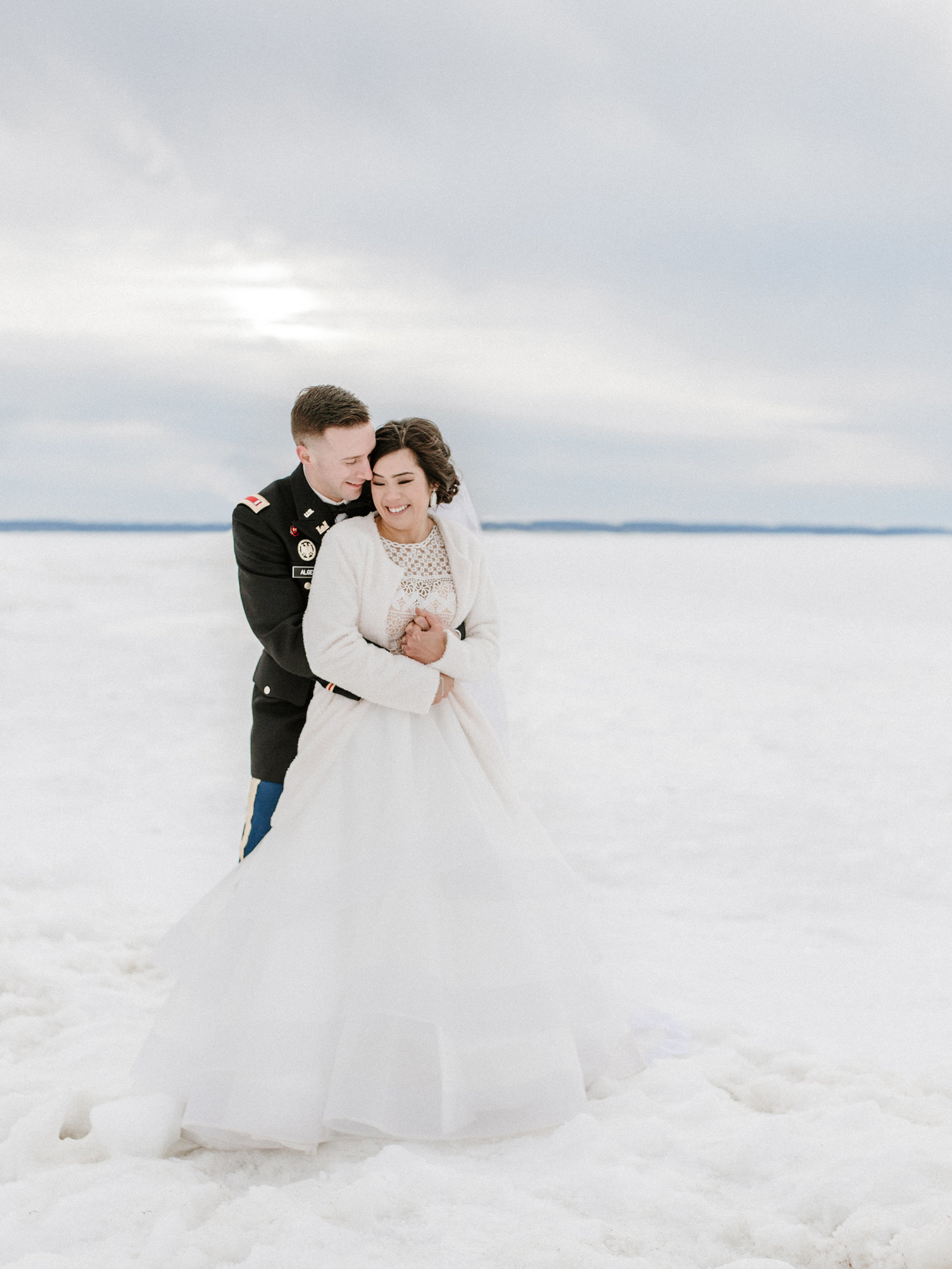 intimate winter wedding petoskey michigan
