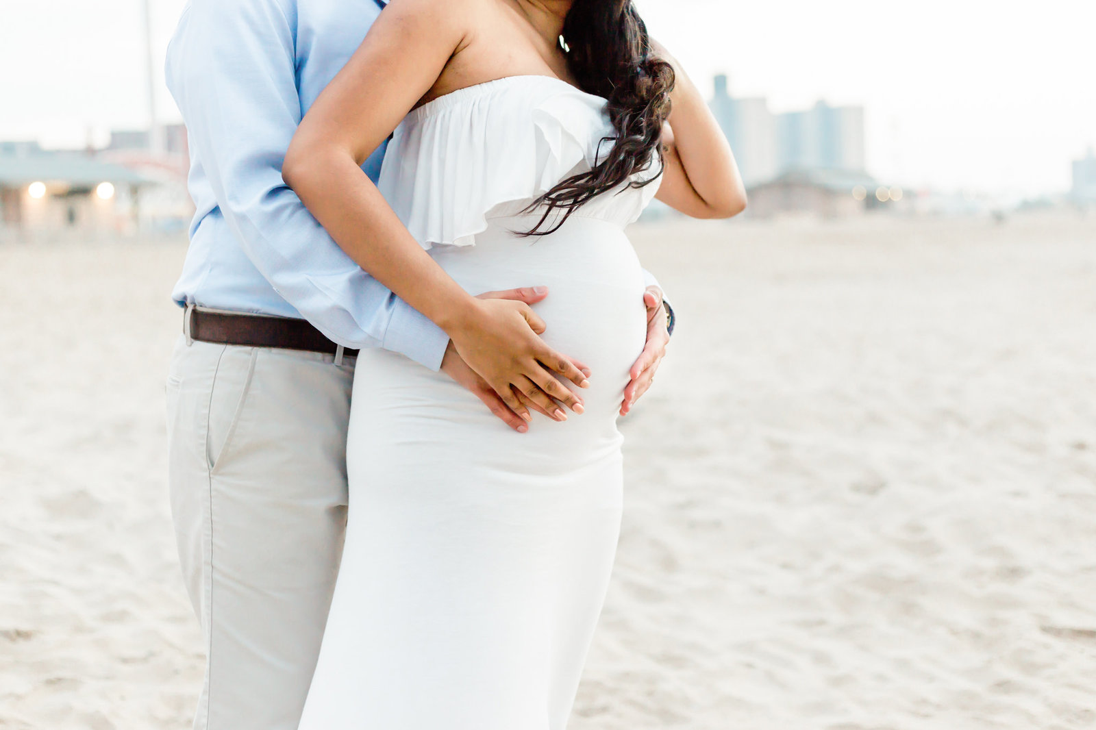 Dreamcatcher Rose Studios - maternity - coney island ny - couple belly profile