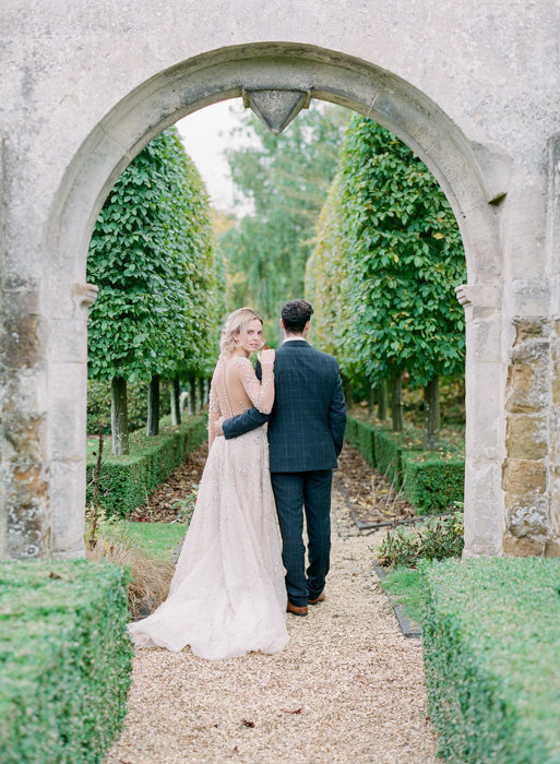 Molly-Carr-Photography-Paris-Film-Photographer-France-Wedding-Photographer-Europe-Destination-Wedding-Cotswolds-England-25