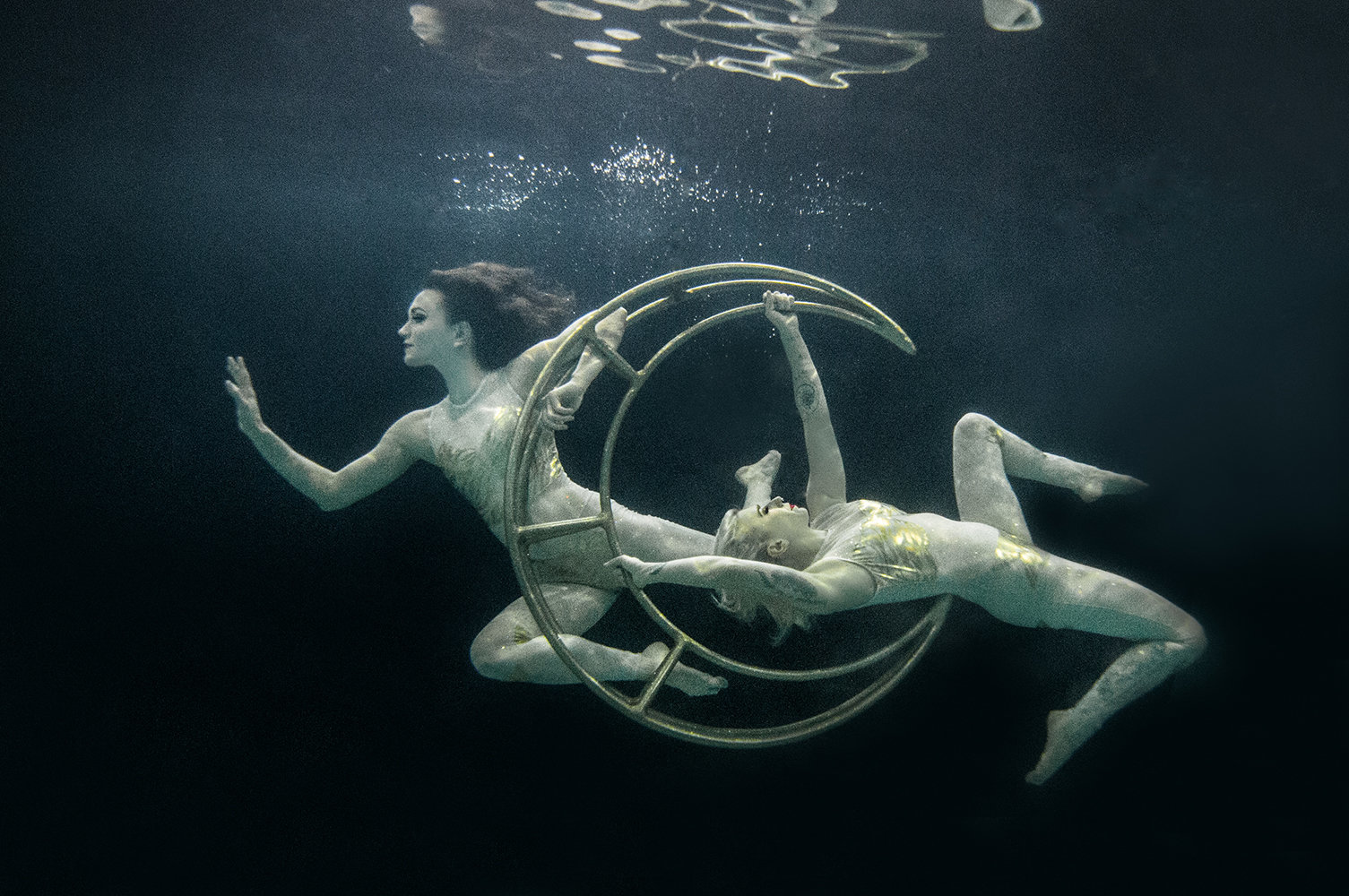 underwater-photography-aerial-dance-denver-fine-art-portrait-melissa-mullins