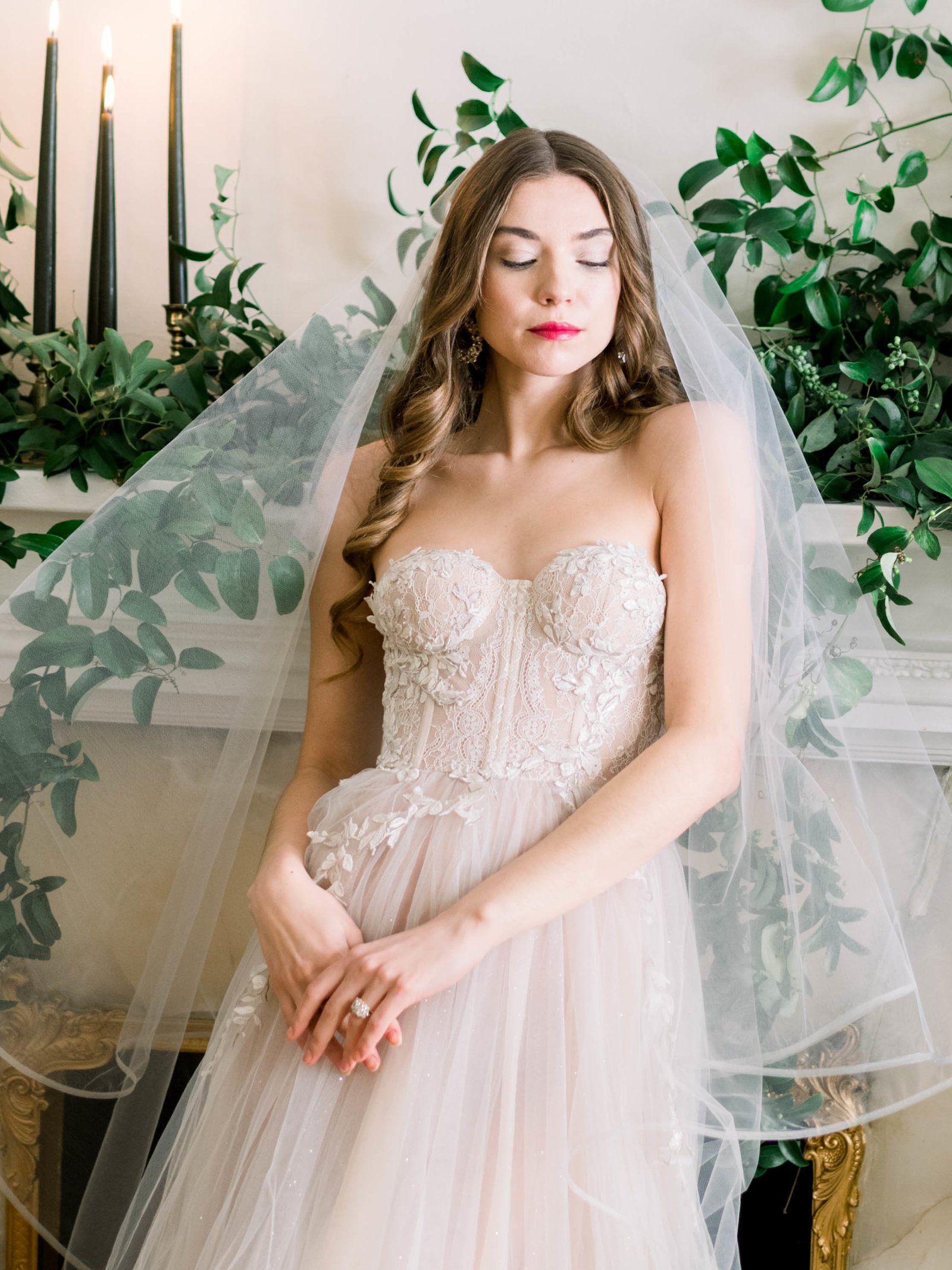 Fine art bridal editorial with Reem Acra gown in New York City by Liz Andolina Photography