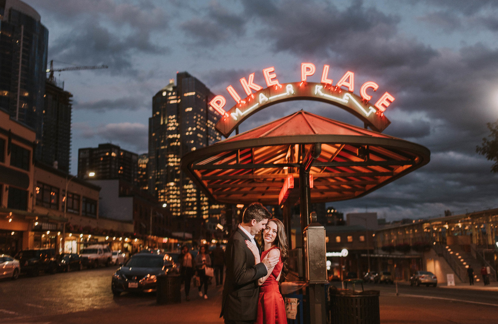 pikes-place-engagement108