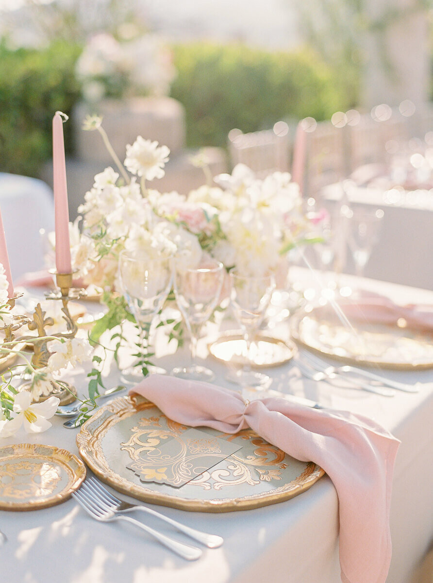 High end tabletop decor for weddings in ALgarve