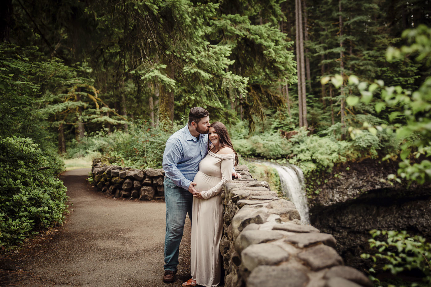 maternity photos at Silver Falls State Park_65