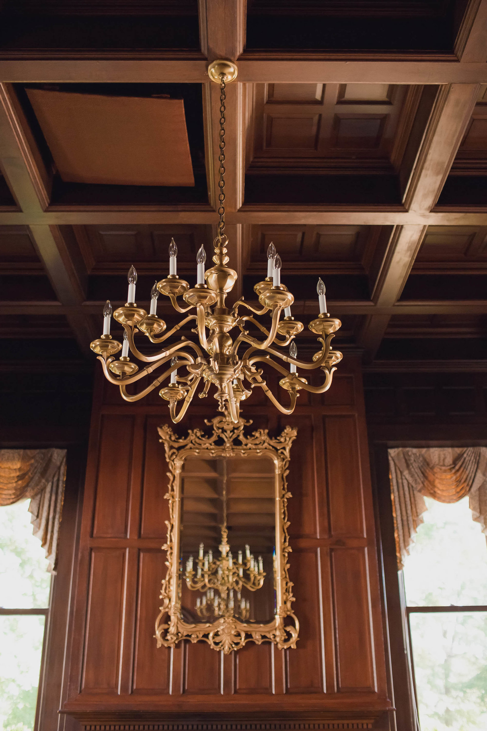 interior-mansion-victorian-chandeliers-kate-timbers-photography-952