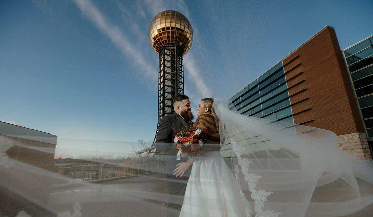 Myers-sunsphere-wedding