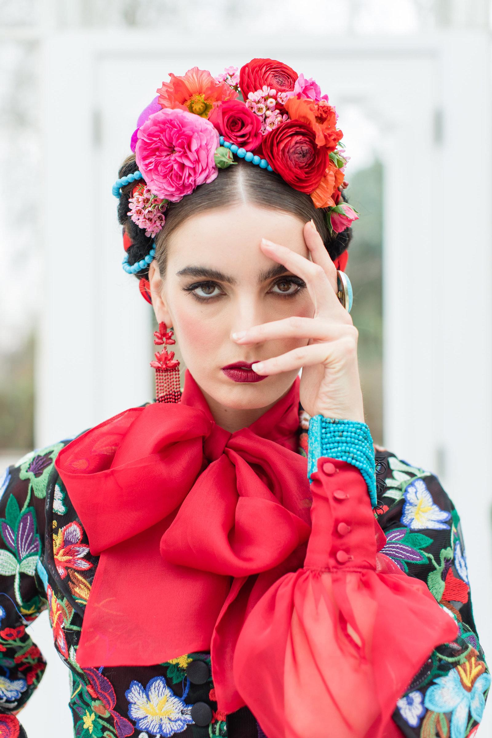 Frida-Kahlo-inspired-Mariachi-embroidered-flower-jacket-JoanneFlemingDesign-RobertaFacchiniPhoto (1)