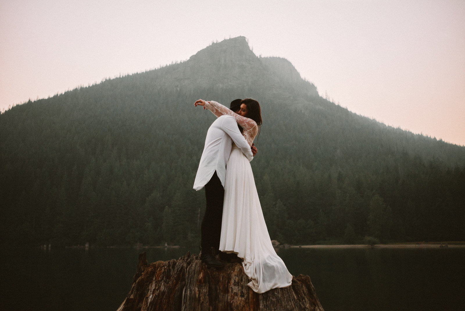 athena-and-camron-seattle-elopement-wedding-benj-haisch-rattlesnake-lake-christian-couple-goals91