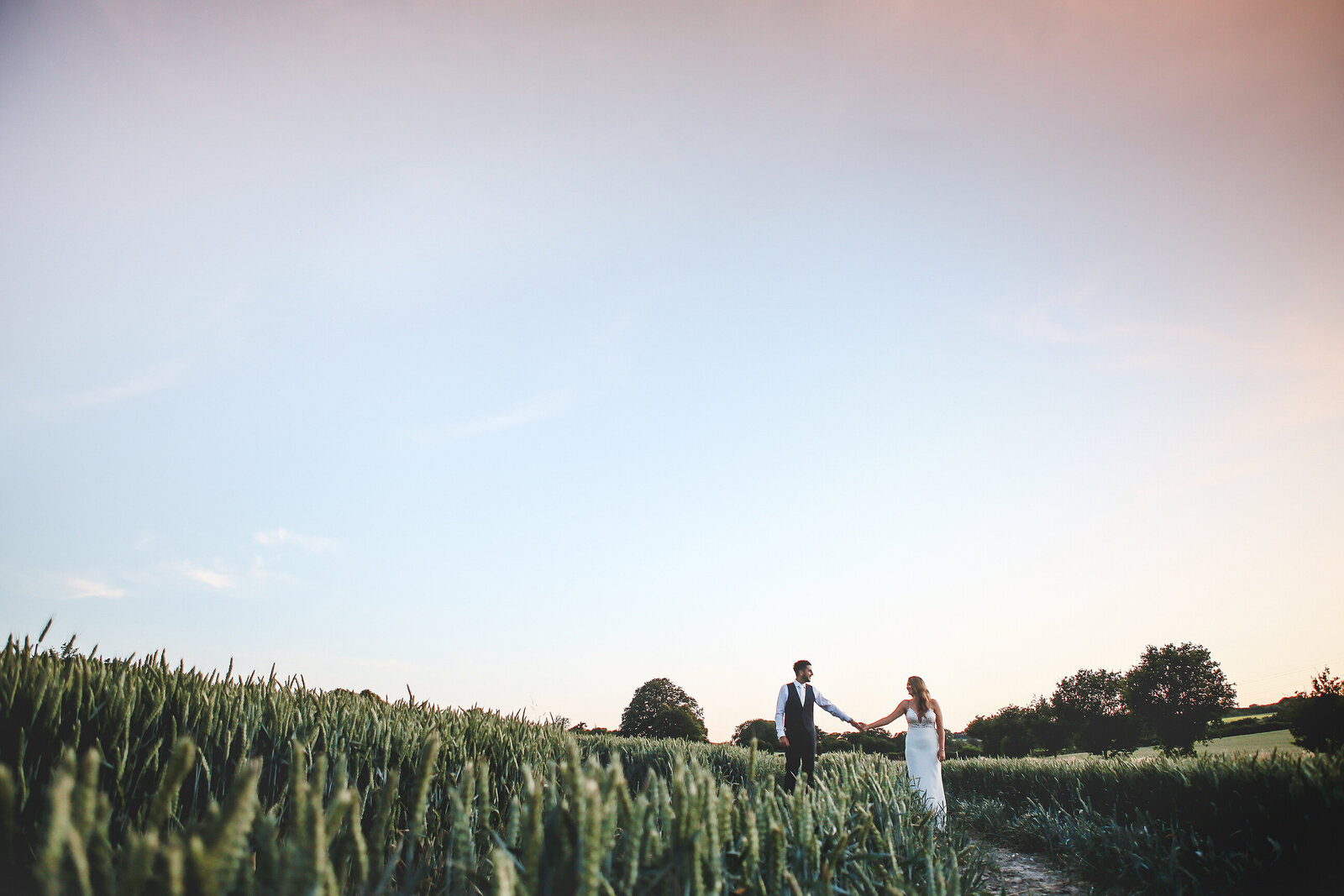 WP-BURY-COURT-BARN-WEDDING-FIELD-CORN_0018