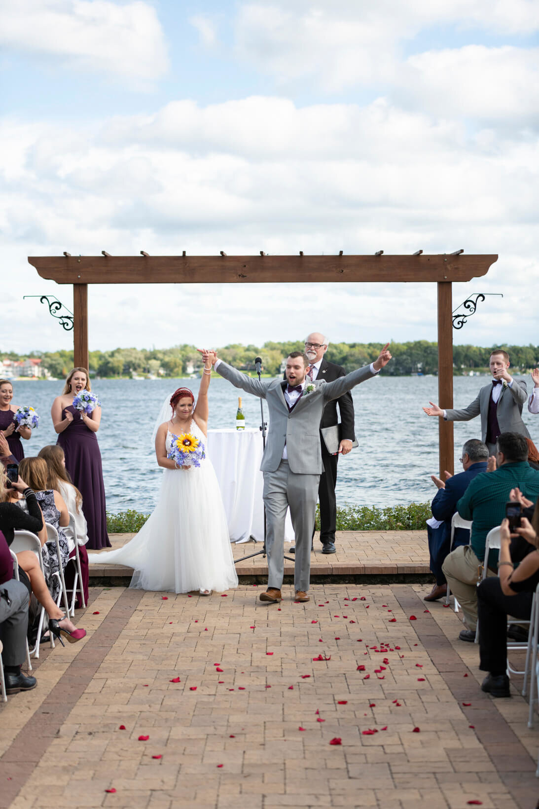 Lake-Lawn-Resort-Wedding-Delvan-Wisconsin-05