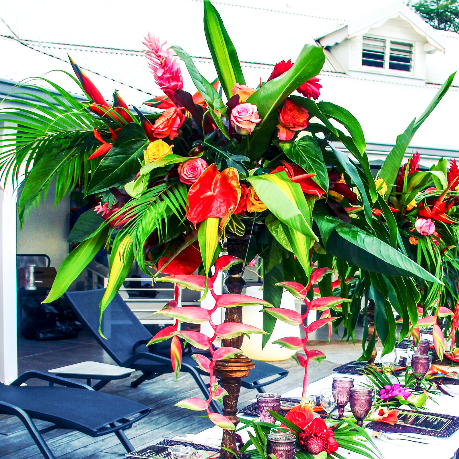 floral arrangement centerpice wedding planner caribbean guadeloupe nyc
