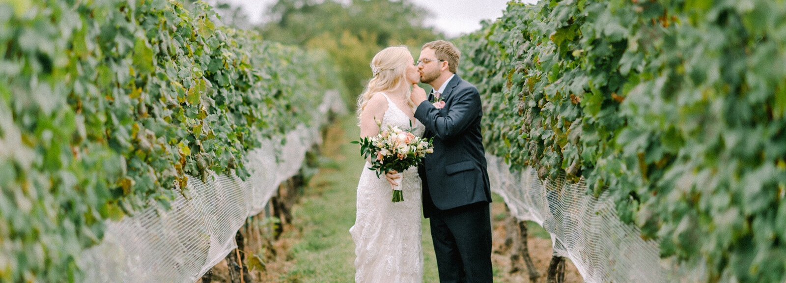morais-vineyard-wedding-photographer