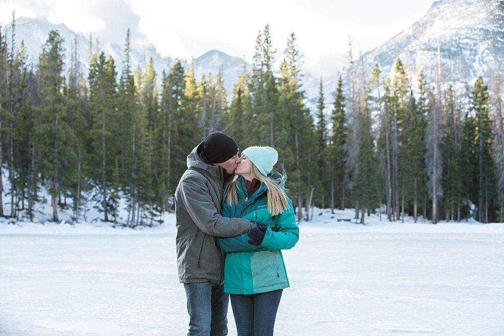 Colorado winter engagement photographer at Rocky Mountain National Park