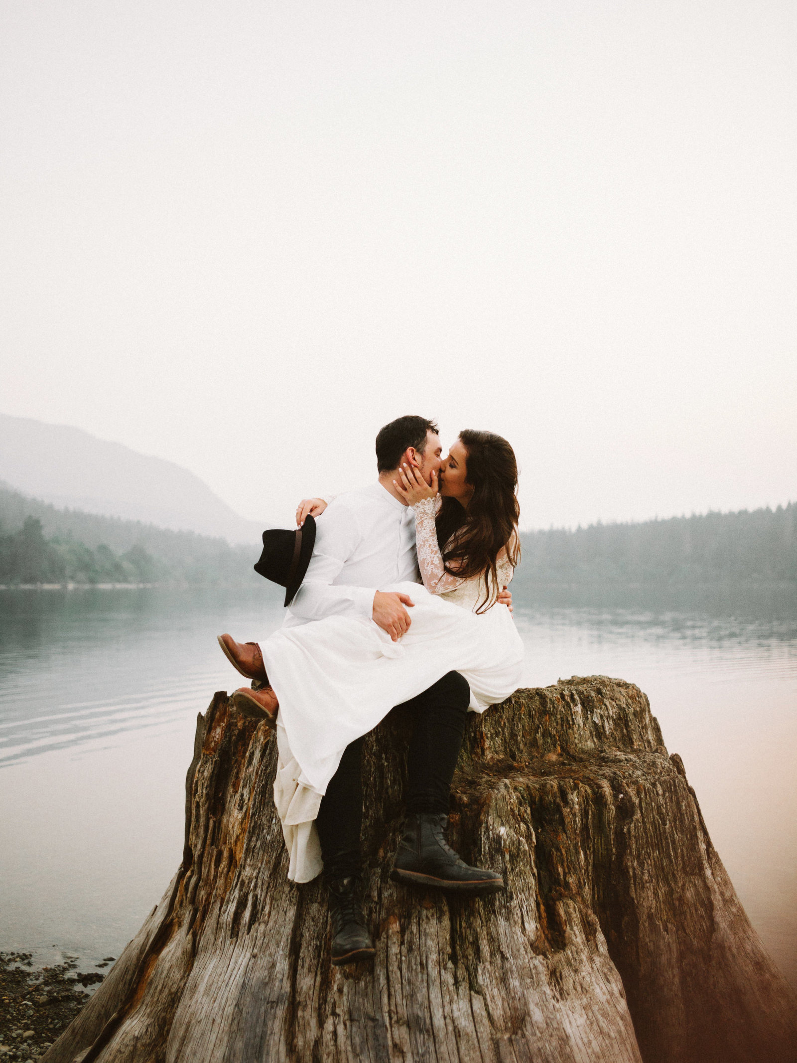athena-and-camron-seattle-elopement-wedding-benj-haisch-rattlesnake-lake-christian-couple-goals90